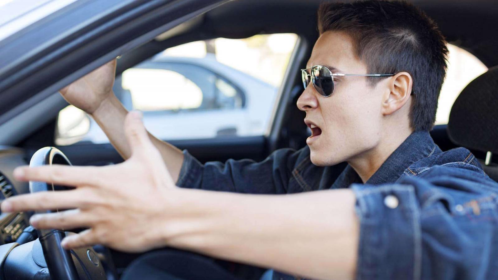 10 ошибок крутого водителя
