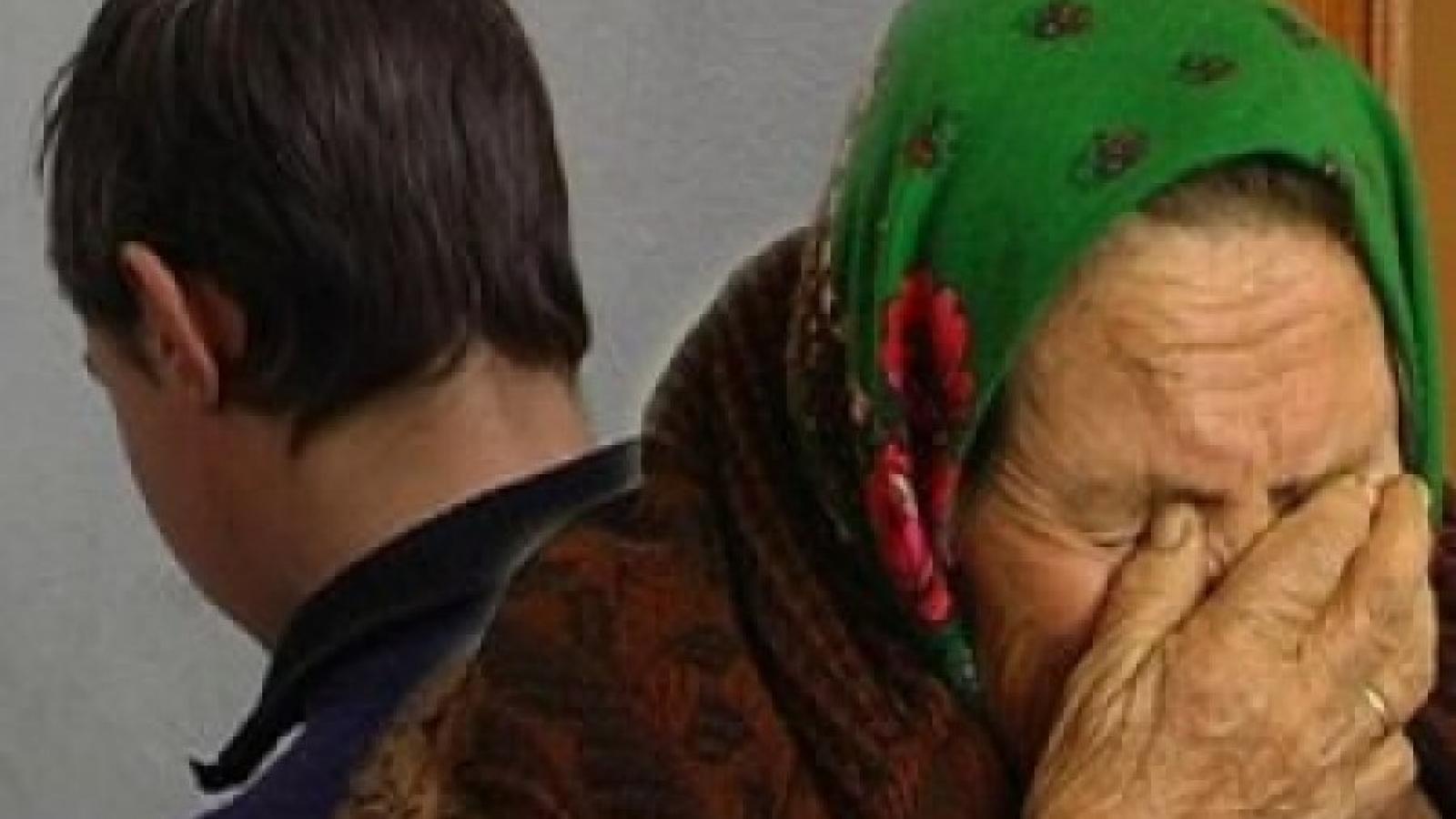Вологжанин в течение года избивал мать
