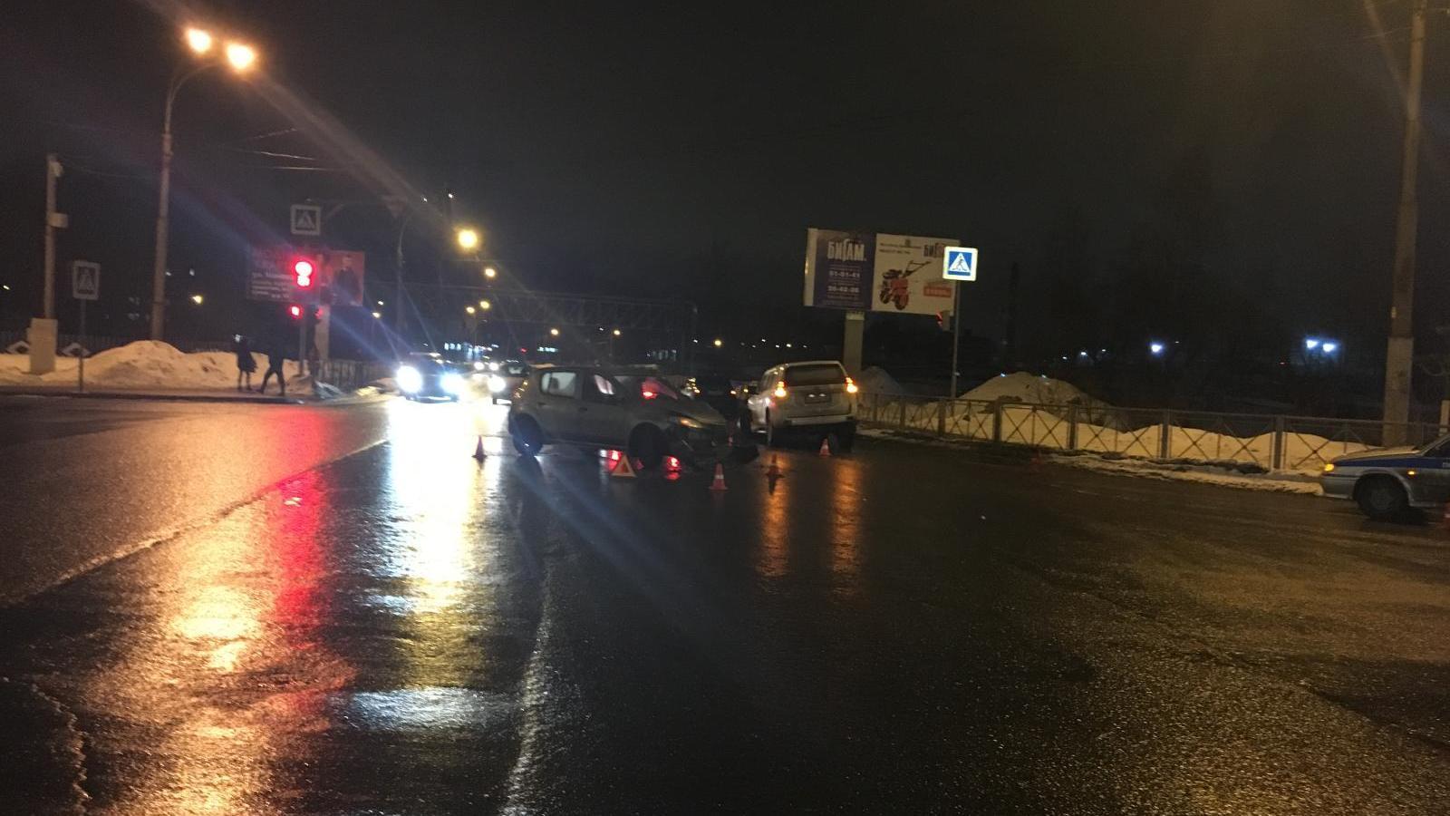 ДТП в Вологде: иномарки не поделили перекрёсток