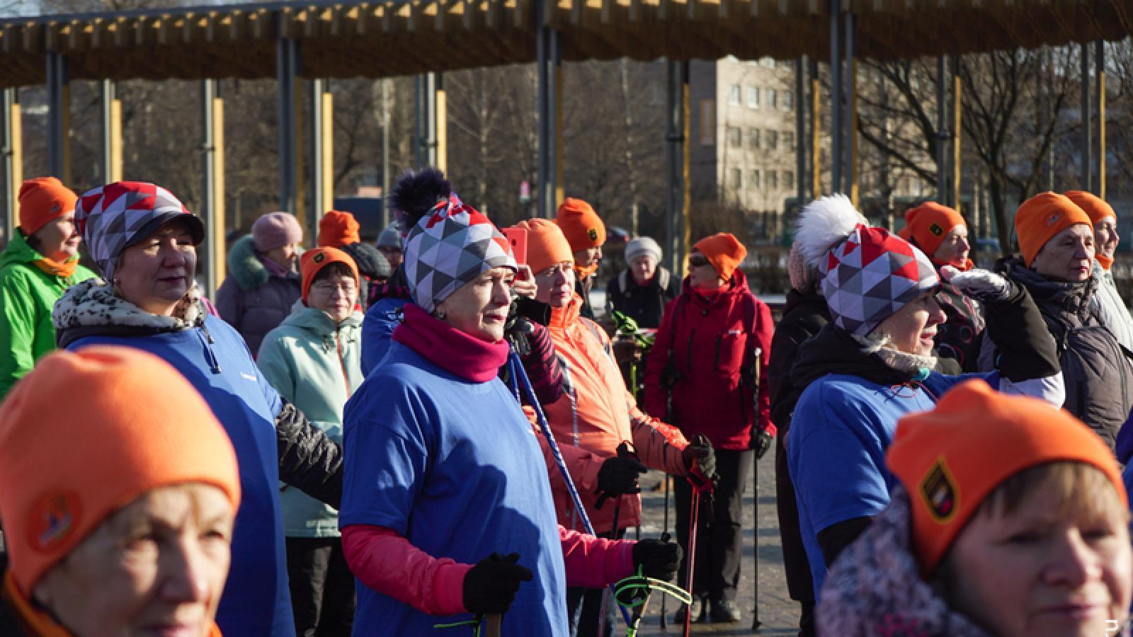 Соревнования по скандинавской ходьбе прошли в Череповце