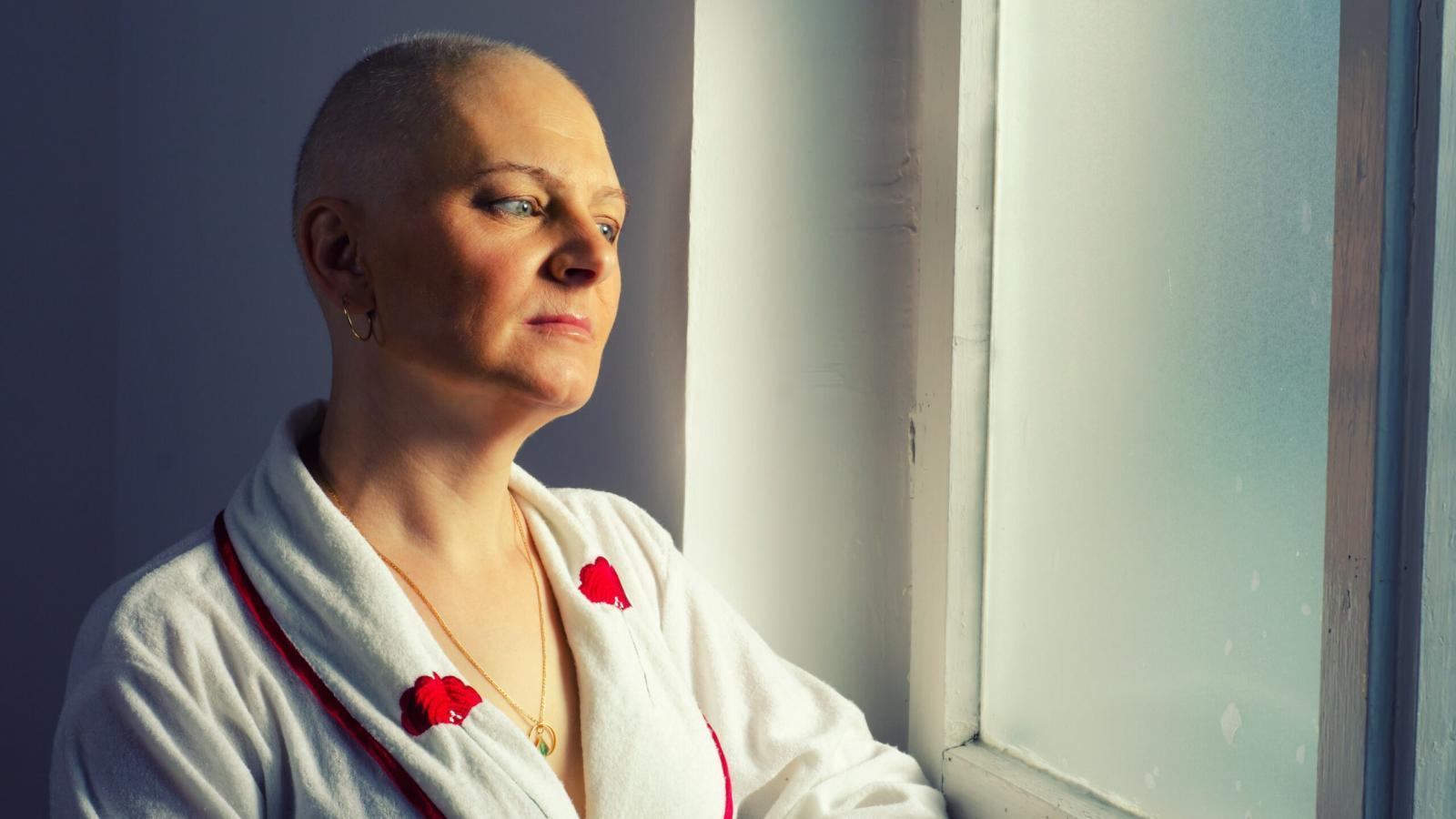 Вологжане переживают из-за новых правил лечения онкологии