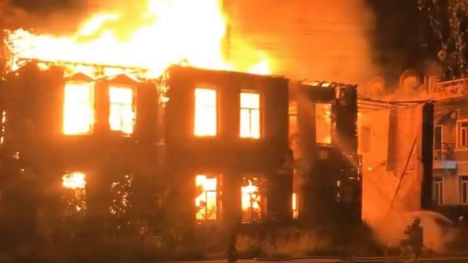 Памятник архитектуры сгорел в Вологде