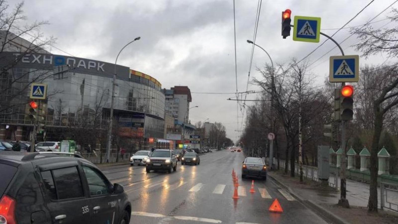 Подросток попал под машину в Вологде