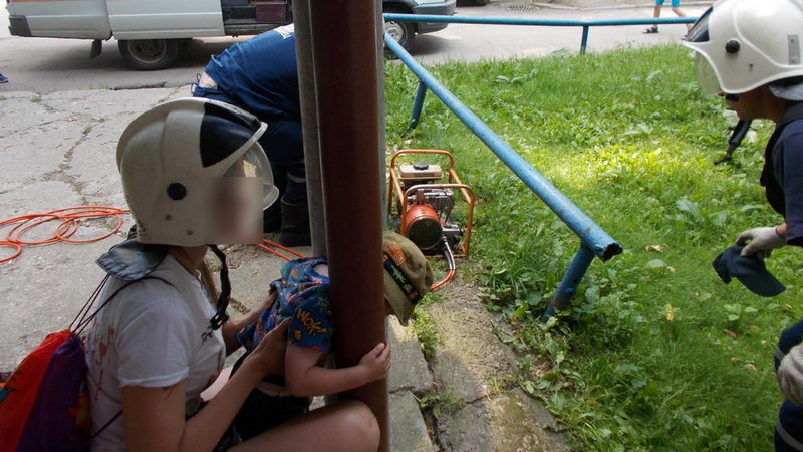 Двухлетнего ребенка спасли в Череповце