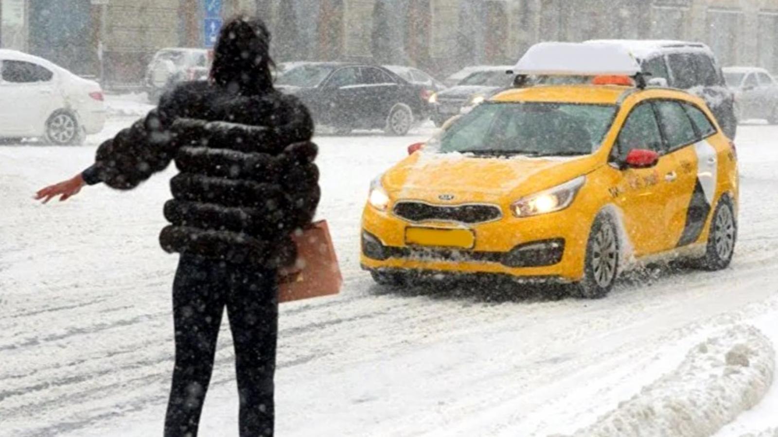 В Вологде взлетели цены на такси