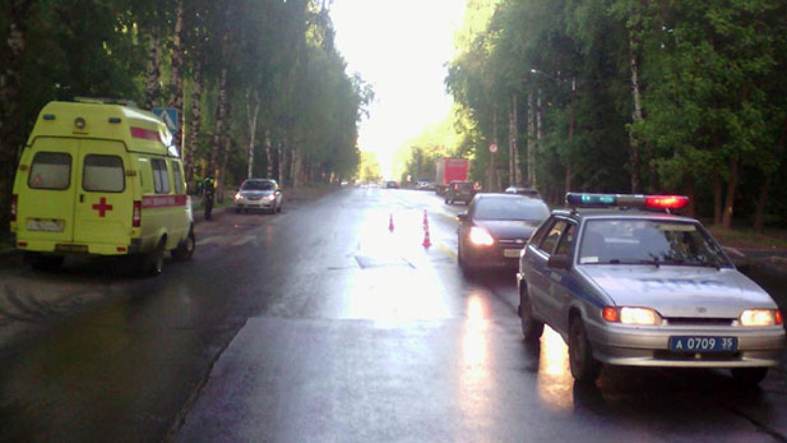 Школьница попала под колеса «Форда» в Вологде