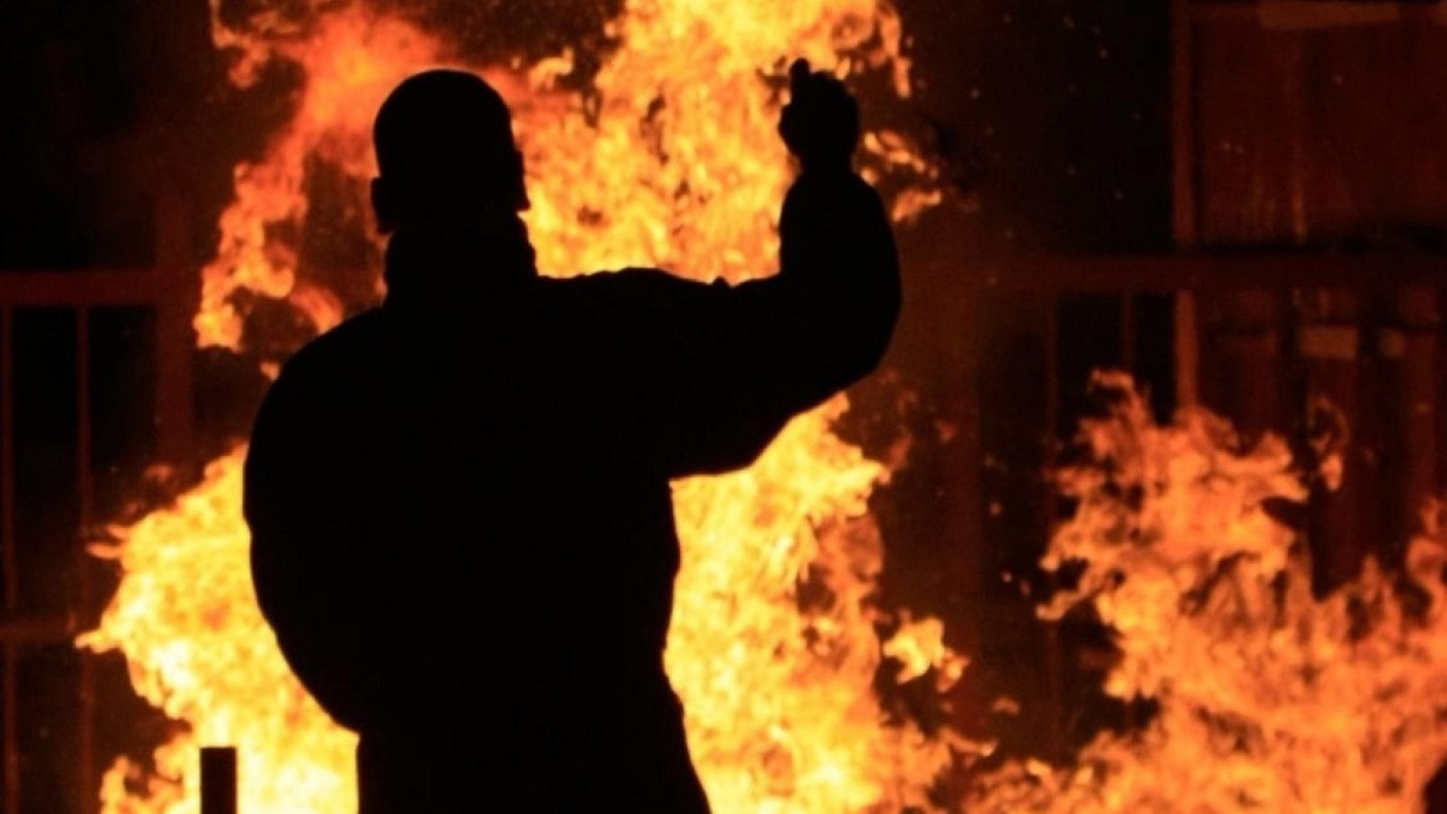 Юноша сжёг родной дом