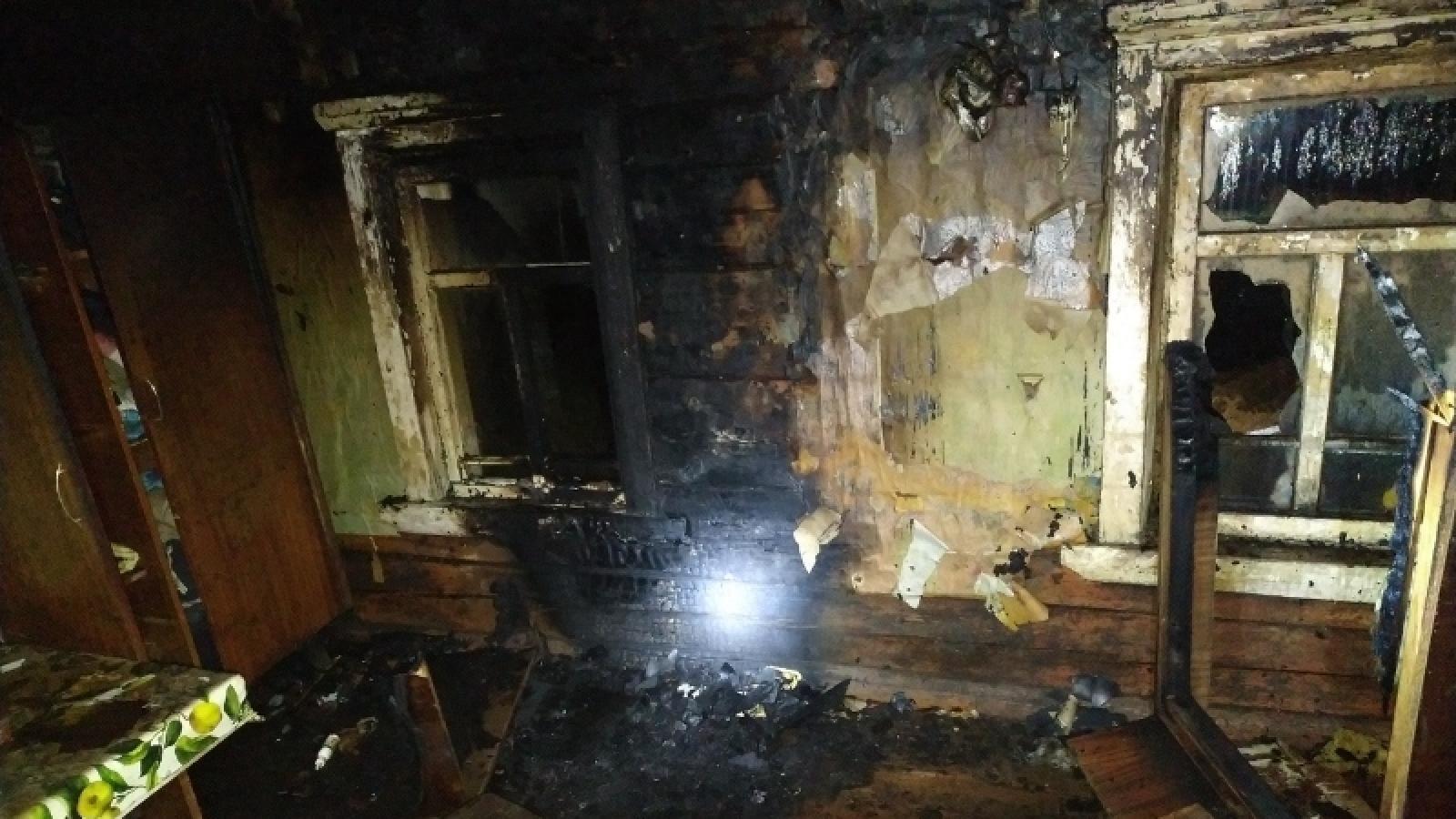 Два человека погибли в пожаре в Вологодской области