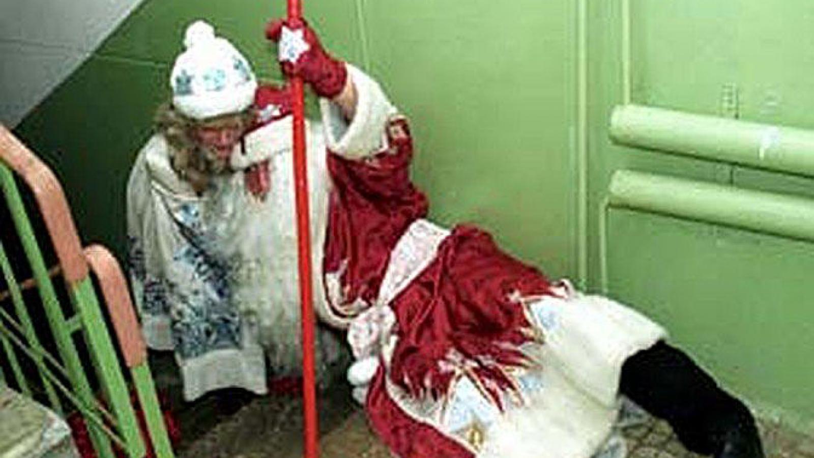 Вологжанин подрался с Дедом Морозом