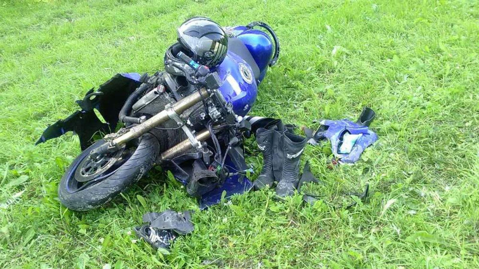 Мотоциклист в тяжелом состоянии после столкновения с иномаркой