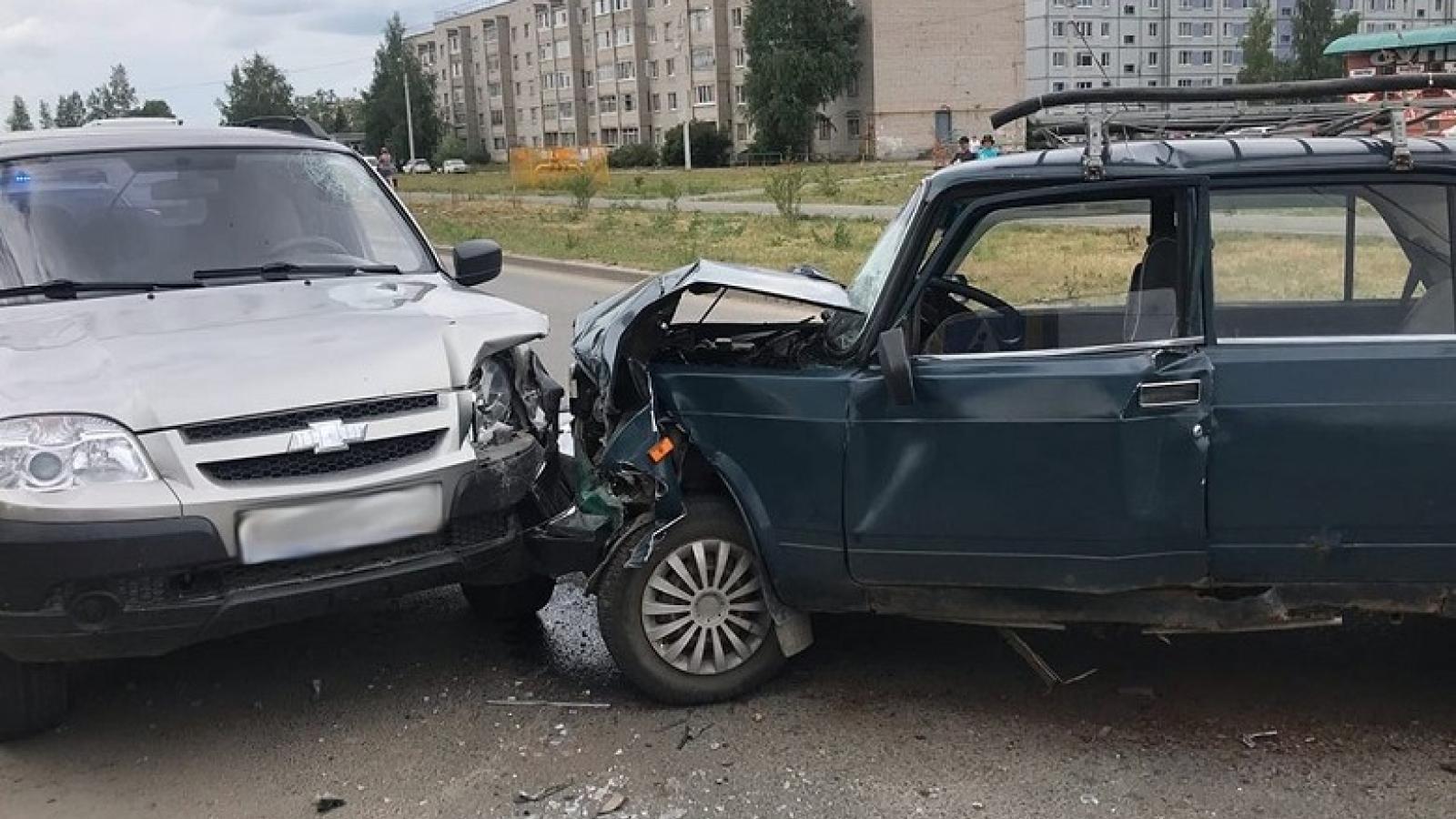 Жёсткая авария с автобусом в Соколе