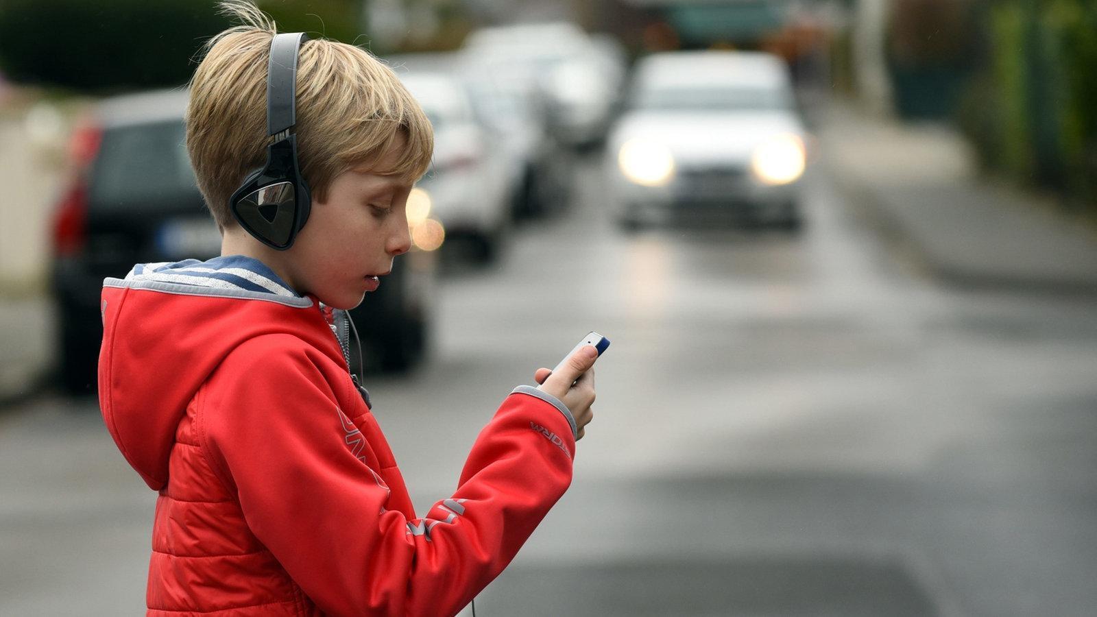 Дети стали чаще гибнуть на дорогах Вологодчины