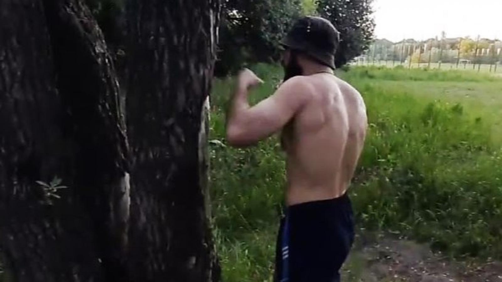 Вологжанин убил неадекватного мужчину
