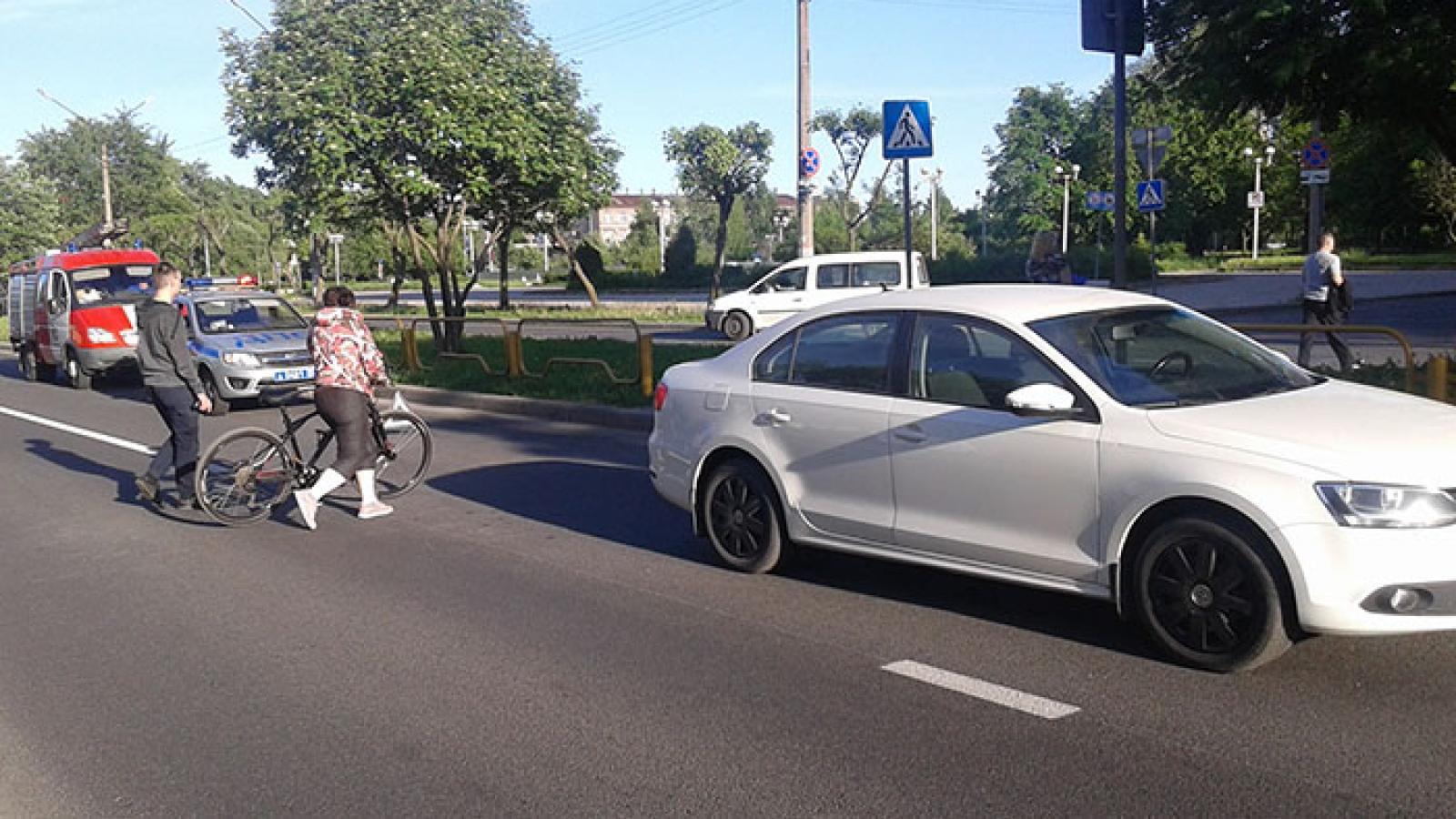 В Череповце водитель сбил школьницу на «зебре»