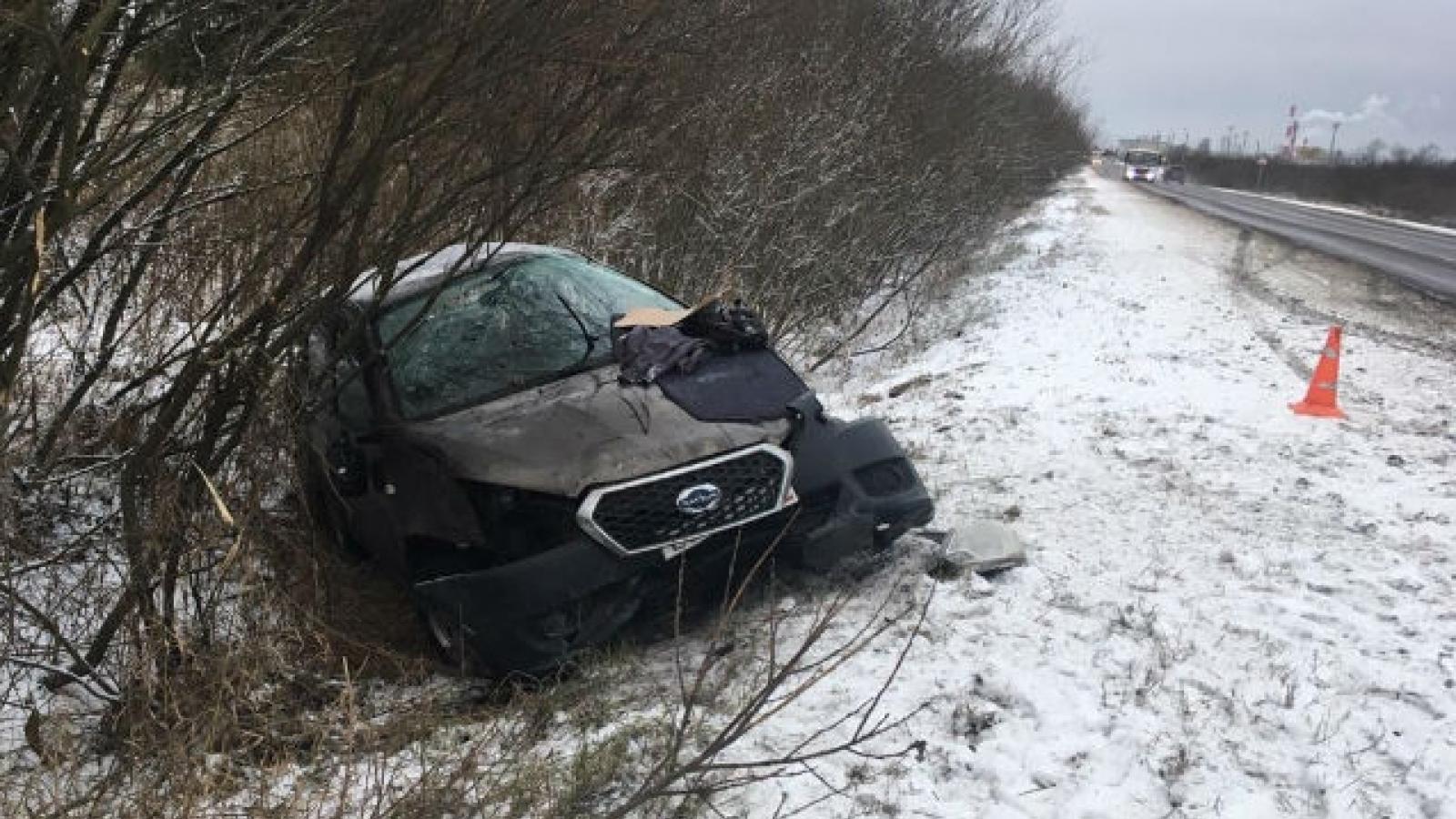 Водителя выбросило из машины при ДТП