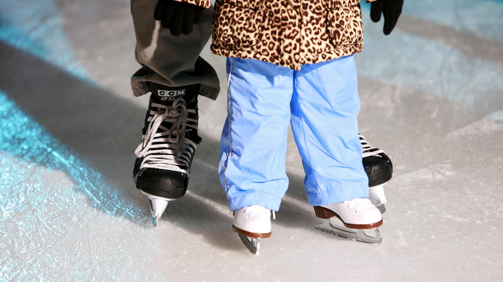 Бесплатно прокатиться на коньках смогут многодетные семьи