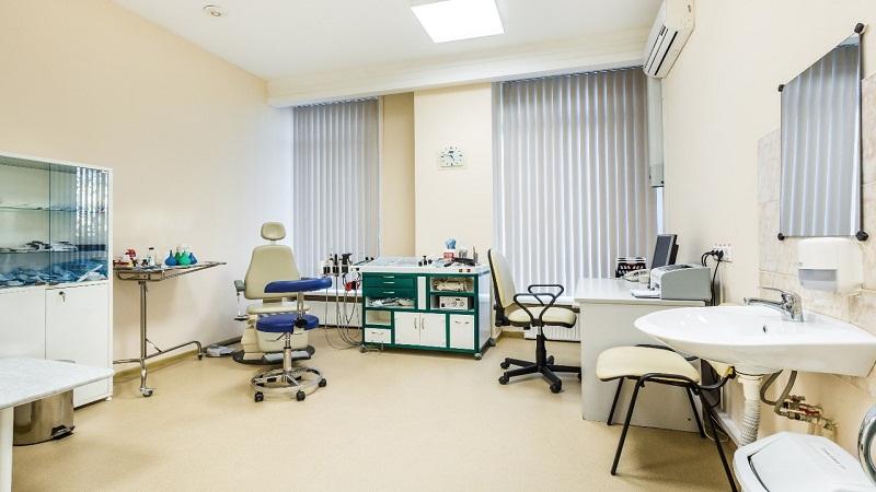 Плановый ремонт завершился в одной из поликлиник поселка Молочное