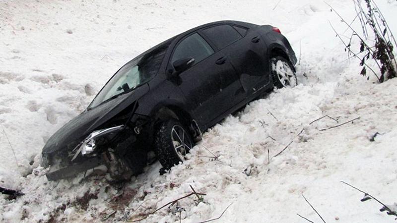 Водитель серьезно пострадал в ДТП на вологодской трассе