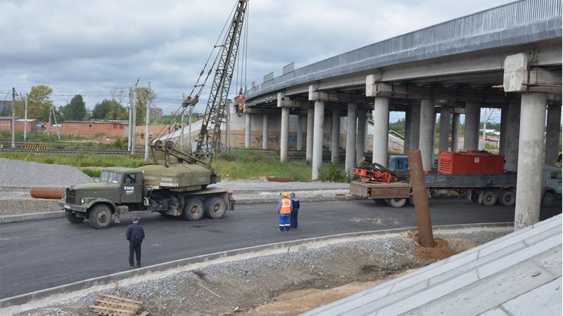 При строительстве развязки в створе Белозерского шоссе похитили более 100 миллионов рублей