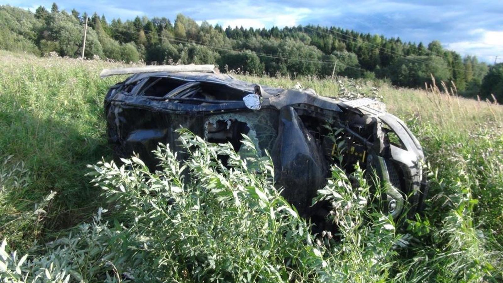 43-летний мужчина чудом остался жив после страшной аварии под Шексной