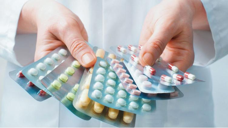 Более миллиарда рублей потрачено на приобретение лекарств для вологжан