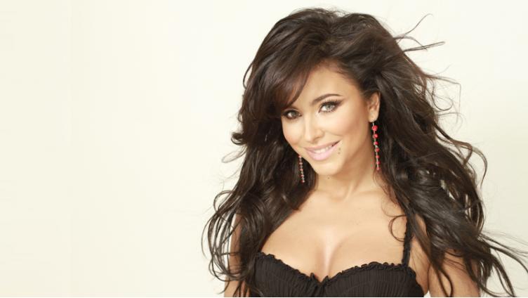 1 февраля Ани Лорак выступит в Вологде с шоу «Каролина»