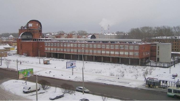 Более 90 млн рублей получила Администрация города с продажи зданий