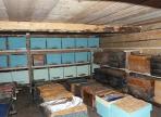 В Тотемском районе полностью сгорел сарай для зимовки пчел