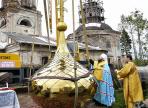 Одна из церквей Вологды обзавелась золотым куполом и крестом