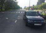 Пьяная автоледи сбила на пешеходном переходе маму с ребенком