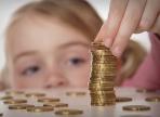 С 2018 года увеличится размер выплаты на детей-сирот в приемных семьях