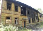 На улице Можайского сгорел расселенный дом