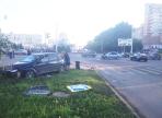 На перекрестке Ленинградская-Новгородская столкнулись две иномарки: пострадала девушка-пешеход