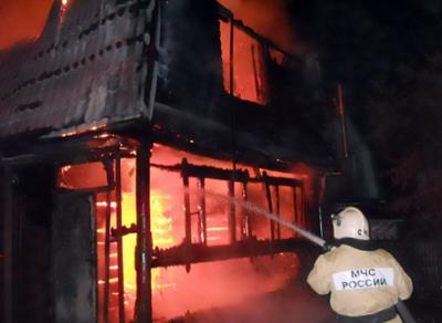 В Чагоде дотла сгорел жилой дом