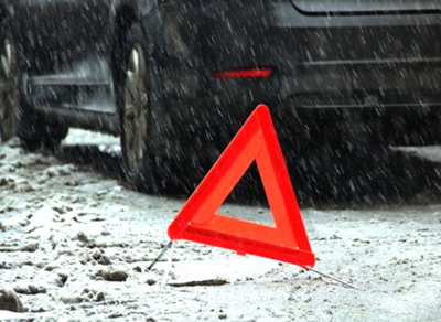 Две женщины попали под колеса «Мерседеса» в Вологде