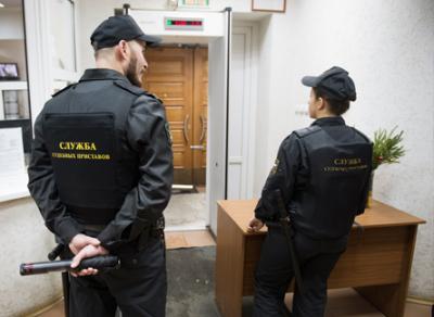 Минюст пояснил условия изъятия единственного жилья у должников