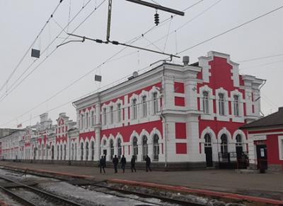 Из здания ж/д вокзала эвакуировали более 250 человек
