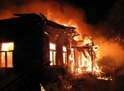 В Вытегорском районе семья осталась без крова из-за пожара