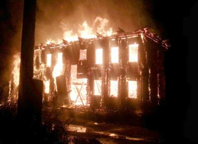 По вине неизвестных полностью сгорело 20 построек в Соколе