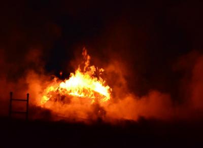 В Череповце накануне в огне погибли два человека