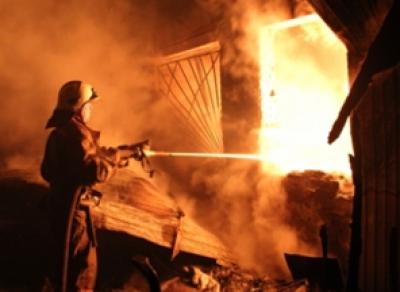 В Вологде неизвестные подожгли склад чехлов для мобильников