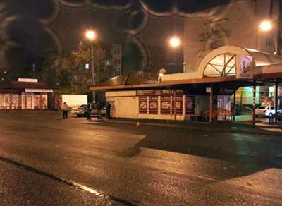 14-летнюю школьницу зажало в дверях автобуса