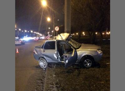 В результате ДТП в Череповце водитель погиб, ребенок находится в коме